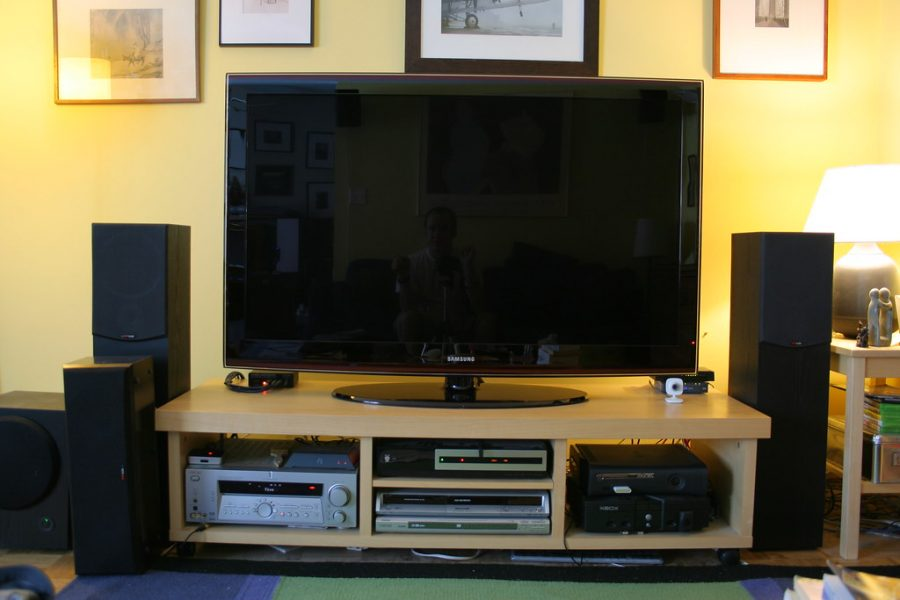 %22New+TV+Setup%22+by+craig1black+is+licensed+under+CC+BY-NC+2.0