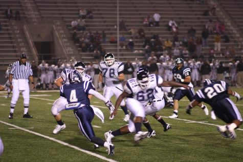 """""""Cerritos College Football Game Highlights"""" by SupportPDX is licensed under CC BY 2.0"""